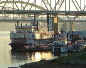 St Louis Riverboat Restaurantes