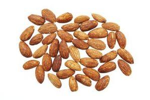 Como Assar Almond Nuts