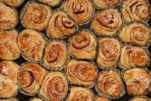 Como congelar pães caseiros de canela