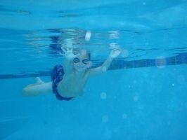 Como corrigir a respiração enquanto nadava