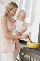 Como cozinhar os alimentos para um miúdo 1-Year-Old
