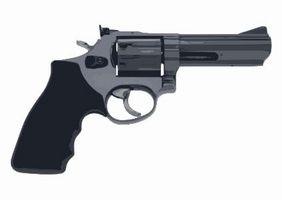 Tiro técnicas com controle de disparo de um revólver