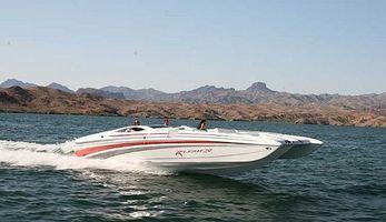 Como comprar um barco de velocidade