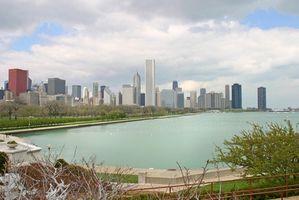 Quais são algumas cidades grandes em Illinois?