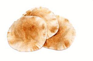 Que tipo de pão Eu Servir Com comida marroquina?