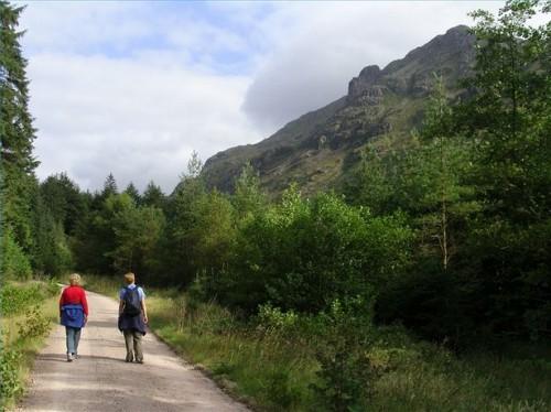 Como treinar para uma caminhada longa distância