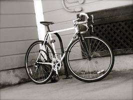 Como ajustar uma mudança Shimano Mudança de bicicleta