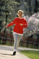 Como perder peso em torno do meio de pé e faz o Situps