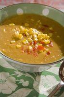 Como usar amido de milho para engrossar a sopa