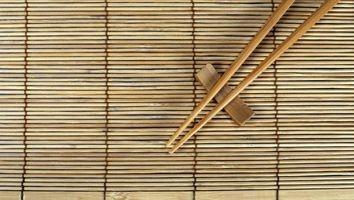 Como usar varas da costeleta com elásticos