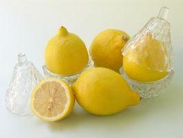 Como parar o cheiro de alho com suco de limão