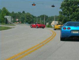Como apreciar a Fábrica de Montagem Corvette Bowling Green em Bowling Green, KY