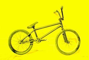 Como atar uma roda BMX