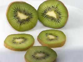 Como cortar Kiwi Fruit