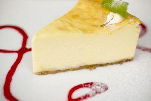 Como reparar um Cheesecake rachada com creme de leite