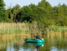 Como Rig um barco de pesca pequeno