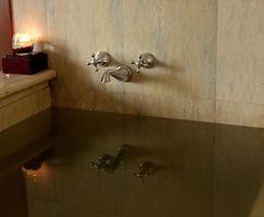 Hotel quartos com banheiras de hidromassagem em Indiana do sul