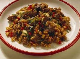 Faça suja arroz no Crock-Pot