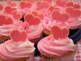 Maneiras de decorar cupcakes dos Namorados