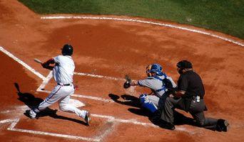 Como quebrar em um bastão de beisebol Easton Synergy