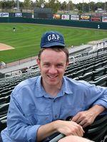 Como Esticar um chapéu de basebol