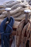 Como anexar um gancho a uma corda sintética