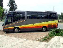 Excursões em ônibus para a terceira idade