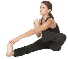 Balançando os Exercícios de Yoga Cradle