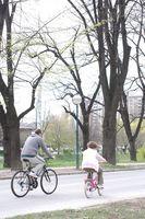 Como anexar uma cadeira de bebé bicicleta