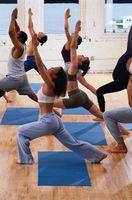 Lista de Poses para One-Hour Hatha Yoga
