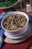 O que posso usar Além de creme de cogumelos em Green Bean Casserole?