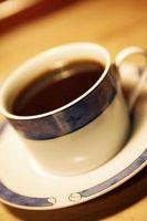 Como fazer uma xícara de chá erva-cidreira