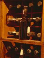 Por que é o vinho armazenado em seu lado?