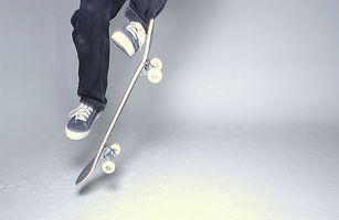 Como fazer um kickflip em um skate