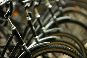 Como usar o freio Coaster em uma bicicleta Huffy