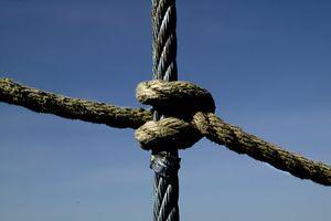 Como amarrar nós escoteiros