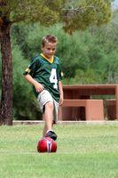 Como você jogar o futebol para as crianças?