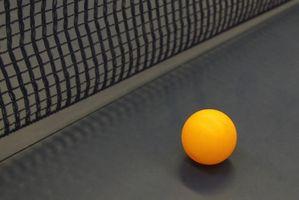 Como reparar uma tabela Peeling Ping-pong com uma superfície Veneer