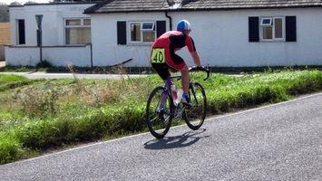 Como montar uma bicicleta de spin como uma bicicleta de estrada