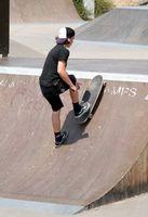 Como encontrar os melhores preços em Skateboarding Equipamentos