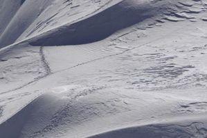 Como fazer o acelerador em um Ski-Doo Snowmobile mais fácil puxar
