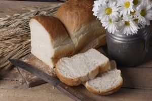 Você pode re-Bake Undercooked Bread?