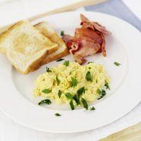 A melhor maneira de cozinhar ovos mexidos