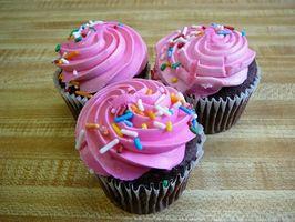 Como fazer Cupcakes com folha Ordinário em Liners