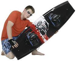 Kneeboard vs. Wakeboard