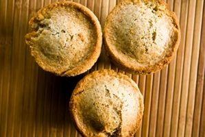 Como substituir óleo com compota de maçã em Muffins