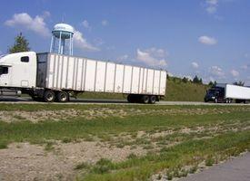 Como faço para cruzar a fronteira canadense com caminhões comerciais?