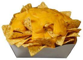 Como derreter o queijo em Nachos Uniformemente