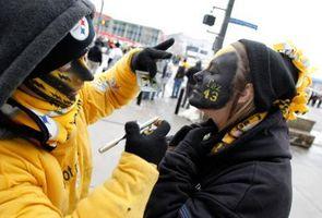 Como pintar seu rosto durante um jogo Steelers