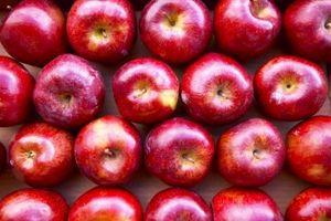 Como fazer suco de maçã Sem uma imprensa